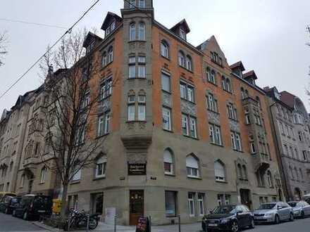 Vermietet und Provisionsfreie Gewerbeeinheit in Stuttgart Süd
