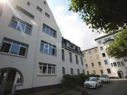 Modernisierte Altbaubüros im Business Center Rheinhausen!