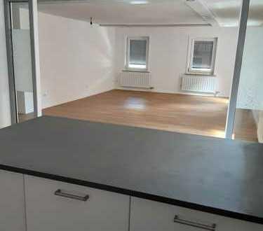 Erstbezug nach Modernisierung: attraktive 4-Zimmer-Wohnung im Zentrum von Künzelsau