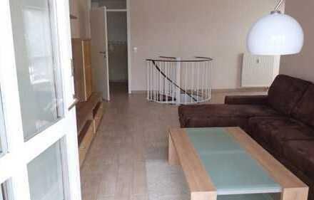 Gepflegte moderne 3-Zimmer-Wohnung mit Garten, Abstellraum u. 2 Stellplätzen