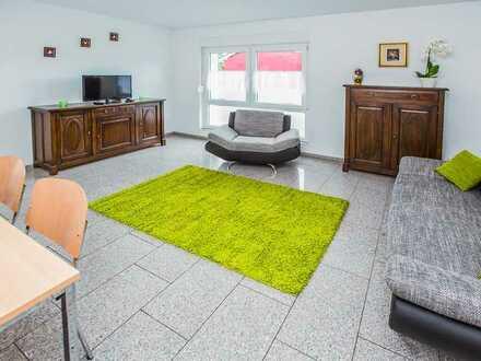 Rheinnähe, Neuwertige im 1 OG, 2 Zimmer-Wohnung