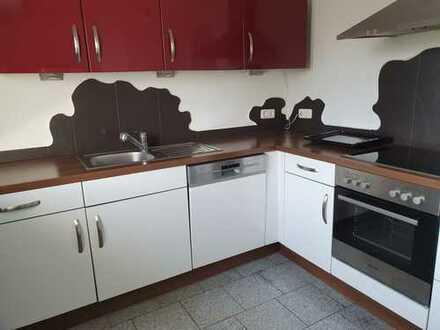 Ansprechende 4,5-Zimmer-Maisonette-Wohnung mit EBK in Siegburg
