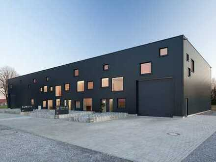 Moderne Industrie-, Logistik- oder Lagerhalle inkl. Büro