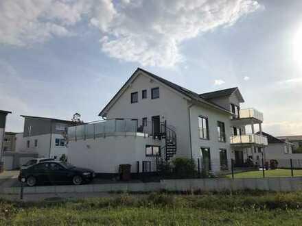 Traumhafte 4 Zimmer Dachgeschoss-Wohnung mit wunderschöner Aussicht!