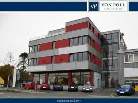 Moderne Büroflächen auf zwei Etagen im Industriegebiet