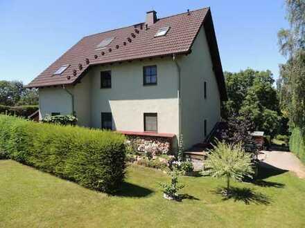 ****Einfamilienhaus mit Einliegerwohnung in sehr ruhiger Wohnlage zu verkaufen****