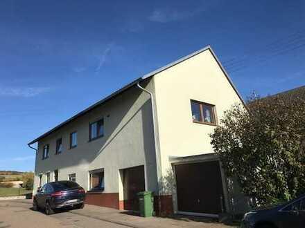 Obergeschoss Wohnung in 2-Familien-Haus in Unterbaldingen zu verkaufen!