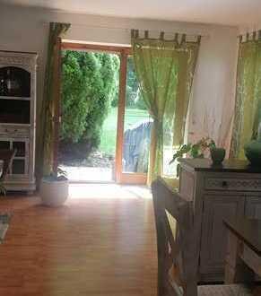 Exklusive, modernisierte 3,5-Zimmer-EG-Wohnung mit Balkon und Einbauküche in Memmingen