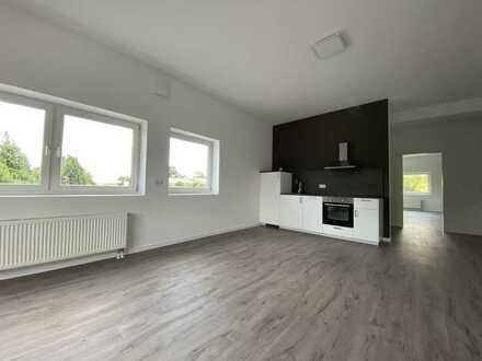 Erstbezug mit Einbauküche: freundliche 2-Zimmer-Wohnung in Roßdorf (Whg 7)