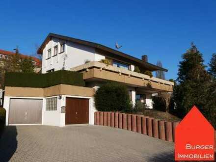 Lage, Lage, Lage und viel Platz - Wunderschönes EFH mit ELW, großer Garage und Garten in Ötisheim