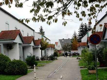 Kapitalanleger aufgepasst ** Vermietetes Reihenmittelhaus mit Garten in Top-Lage **