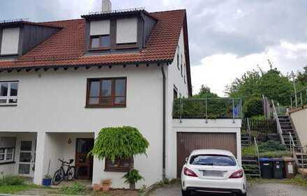 Ruhig gelegene Doppelhaushälfte provisionsfrei in Aichtal-Grötzhingen zu vermieten