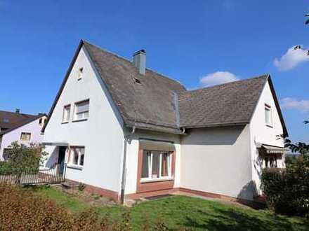 Tolle Lage!! Freistehendes Einfam.-Haus mit Garage und einem schönen Garten, Fenster erneuert.