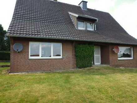 EFH m. Einlieger - Dorfrand - topp Grundstück - Erwecken Sie dieses Haus aus dem Dornröschenschlaf