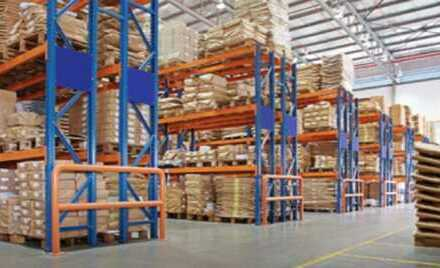 """BAUMÜLLER & CO."" 5.000 qm TOP-Logistik-Immobilie"