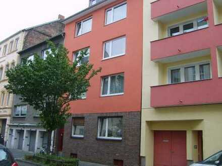 Helles und ruhiges Apartment in Nippes