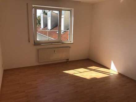 Attraktive 2-Zimmer-Wohnung mit Einbauküche in Ammerndorf