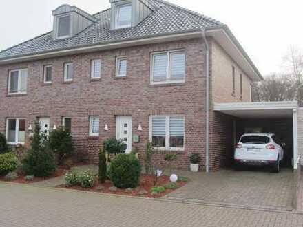 Exklusive DHH, neuwertig, provisionsfrei, mit 6Zimmern, Terrasse,Garten in ruhiger Lage in Oldenburg