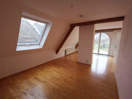 charmantes 4-Zimmer-Haus mit EBK in Burrweiler