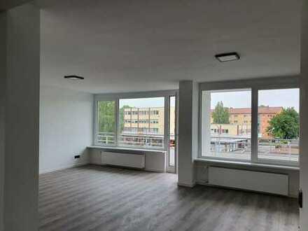 Renovierte Dreizimmer-Wohnung zum Erstbezug in Erlangen