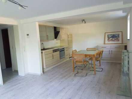 Bezug nach Sanierung mit EBK und Terrasse: attraktive 2-Zimmer-Wohnung in Grünstadt