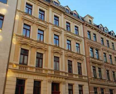 Grundbuch statt Sparbuch: Vermietete-3-Zimmerwohnung mit Balkon zu verkaufen