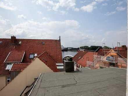 Stilvolle, vollständig renovierte ,Möblierte 3-Zimmer-Wohnung mit Franz. Balkon und Weserblick
