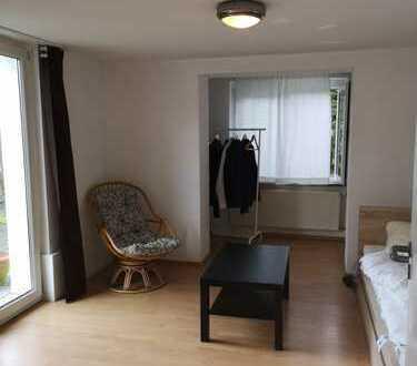 Stuttgart - Botnang - Teilmöblierte Kleine 1-Zi. Einlieger- Wohnung bevorzugt an Pendler ab 1.12. zu