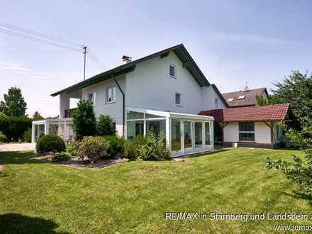 Freier Blick auf Wiesen & Felder - Modernisiertes Haus mit viel Platz & Möglichkeiten