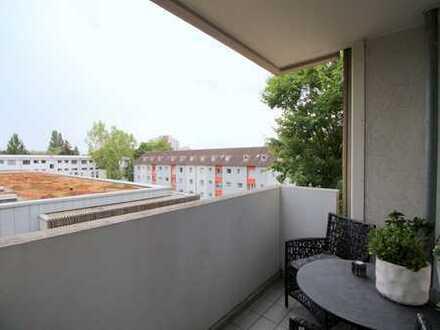 EXKLUSIVES Apartment in Frankfurt Dornbusch! BJ 1971,1 ZKB, rd. 46 m², Balkon & Aufzug