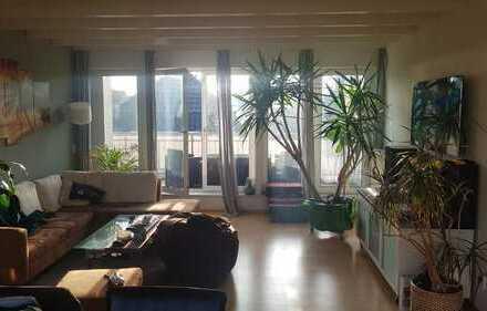 Traumhafte Wohnung mit großem Balkon in der Nähe des Pferdemarktes
