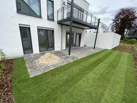 Erstbezug: Neubau EG-3,5 Raum Wohnung mit XXL-Terrasse und Garten
