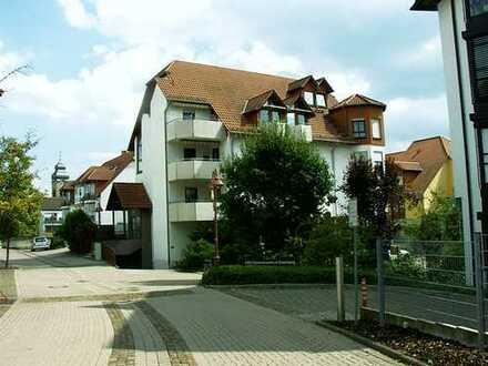 Eisenberg großzügige 4-ZKB-Maisonette-Wohnung, gepflegt, Balkon, Garage