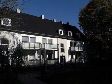 Helle Dachgeschosswohnung in UNI -Nähe - Ideal für Studenten