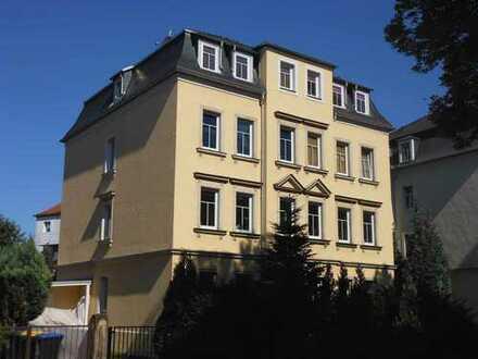 Von Privat: Helle 4,5 Zi. sanierte Wohnung, Tageslichtbad, 2 Balkone, Altbauvilla in Dresden, Cotta