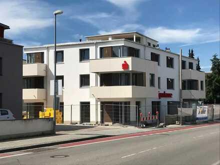 Erstbezug - Sehr schöne 4-Zi.-Wohnung mit Balkon und Dachstudio mit Loggia