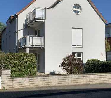 Moderne 3-ZKB-Maisonettewohnung mit neuer Einbauküche und Balkon in Mainz-Finthen