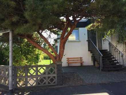 Sehr schönes Haus mit 6 Zimmern, 2 Terrassen (Süd), Garten in Frechen-Königsdorf (Neuefreimersdorf)