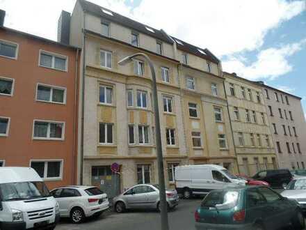 Single aufgepasst!!! komplett saniertes Appartement mit Balkon zu vermieten