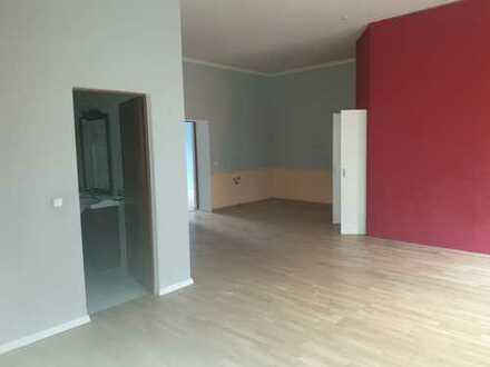 Helle 4 Zimmer Wohnung in Essen