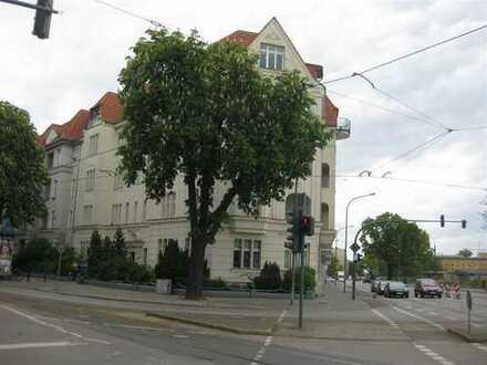 Eine schöne renovierte Erdgeschosswohnung für jedes Alter!
