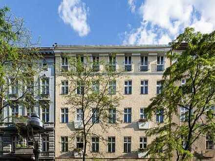 Dachgeschoss 3-Zimmer mit Balkon und Fahrstuhl, Charlottenburg, Bes. 7. und 14. Juli ab 11h
