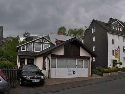 Siegen, zentraler Fimensitz - ideal für Handwerksunternehmen - Lager, Büro, Sozialraum