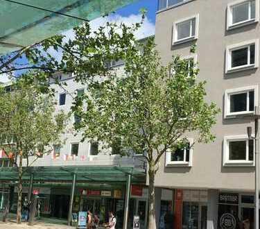 Schöne einzugsfertig renovierte 2 ZKB in Bremerhaven, Mitte, Balkon, Fahrstuhl