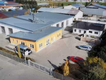 Gewerbeanlage mit Büro und Wohnhaus