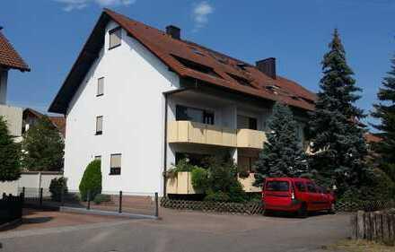 Attraktive Wohnung mit Balkon und Garage