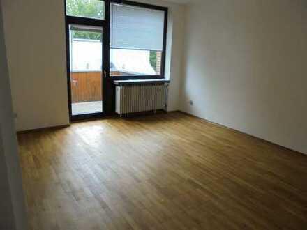 Gepflegte, helle, 4-ZKB Wohnung mit Balkon in Manching