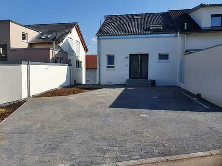 Familienfreundliche Doppelhaushälfte in Aichtal/ Grötzingen