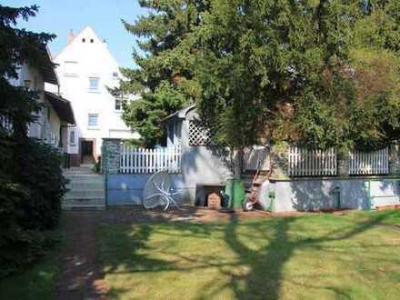 Gepflegte 3-Zimmer-Wohnung mit Balkon und EBK in Hattersheim
