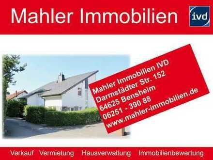 !! RESERVIERT !! Geschmackvolle und neuwertige Doppelhaushälfte mit Garage in Zwingenberger Hanglage
